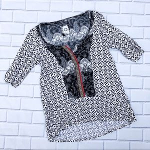 Anthropologie Akemi + Kin Printed Boho Shirt